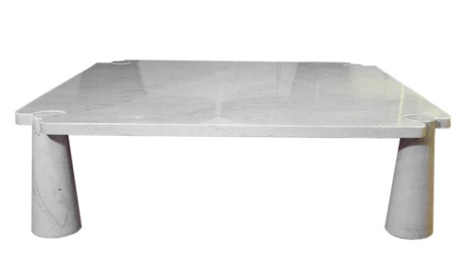 White marble  square coffee table Mangiarottii