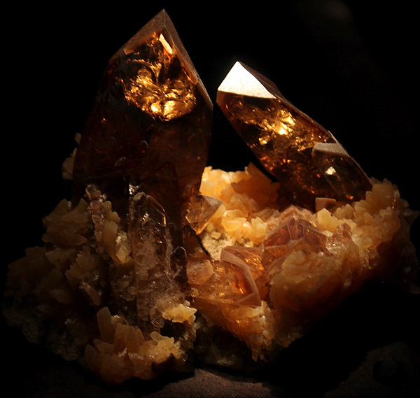 golden barite