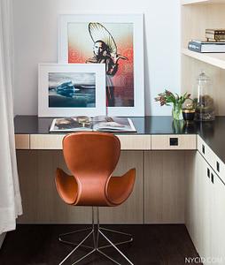 Soho Landmark Loft - Custom desk